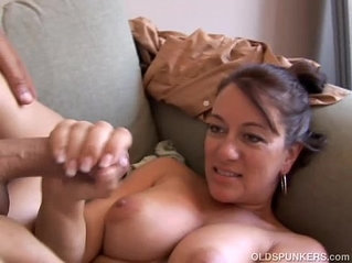 Kinky old spunker loves it when you cum in her mouth