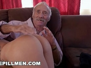 BLUE PILL MEN Young Presley Carter Takes Old Man Cock For Concert Tickets