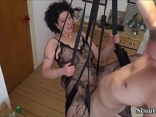 Junger Stief Sohn fickt seine Mutter in einer Liebesschaukel German Step Son Fuck Mother with Stockings in Love Swing