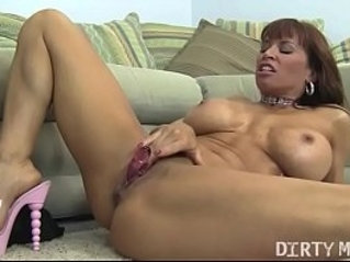 Female Muscle Porn Star Devon Michaels Gets Dirty sex With A Dildo