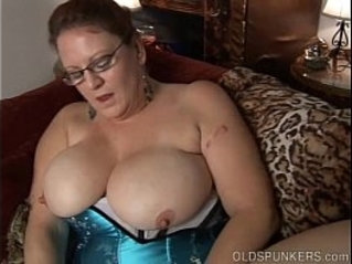 Kinky old spunker in sexy black lingerie wants you to fuck her fat pussy