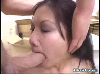 Sexy asian chi sun gets her throat banged